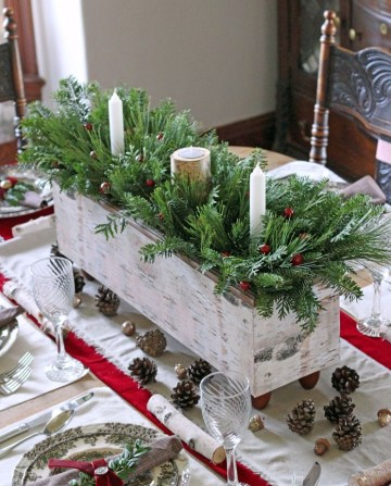 Green-christmas-table-decoration