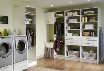 Laundry-room-with-plenty-of-shelf-space