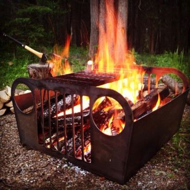 Old+jeep+fire+pit