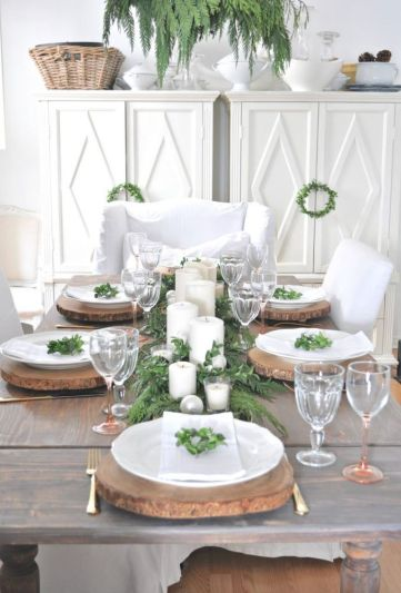 Rustic-christmas-dining-table