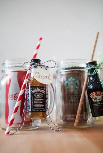 Somethingturquoise-diy-mason-jar-cocktail-gift-0016-1