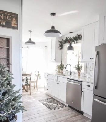 Winter-wonderland-christmas-kitchen-18