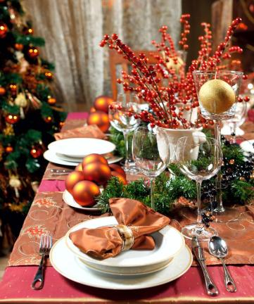 Beautiful-christmas-dinner-table