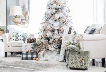 Black-and-white-christmas-tree-craftberry-bush_-13