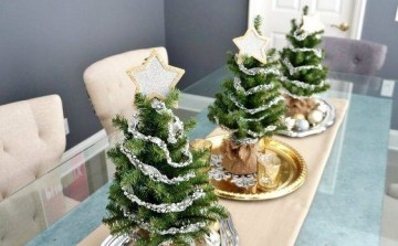Diy-christmas-decor-the-three-trees