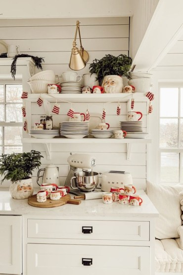 Santa-mug-display-1574207347