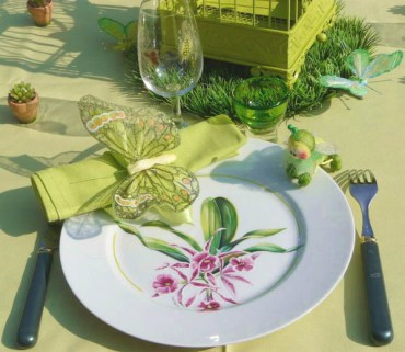 Table-decorations-butterflies-birds-spring-decorating-1