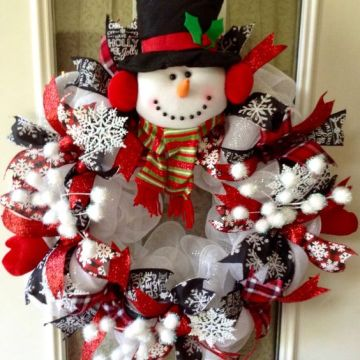 The-best-christmas-wreath-ideas-for-the-holidays-26