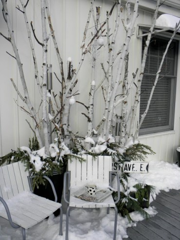 Winter-porch-decorating-idea