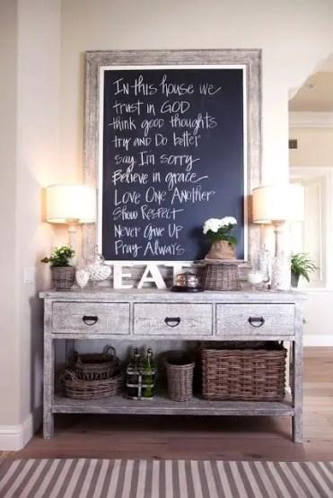 1-cozy-and-simple-farmhouse-entryway-decor-ideas-8