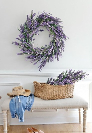 13-a-faux-lavender-wreath-and-some-lavender-in-a-basket-for-a-cute-romantic-entryway