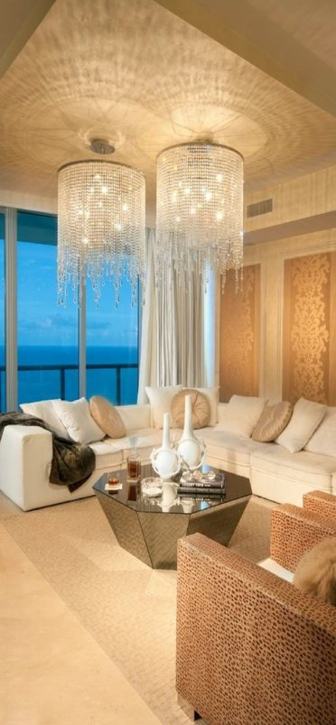 2-opulentlivingroom