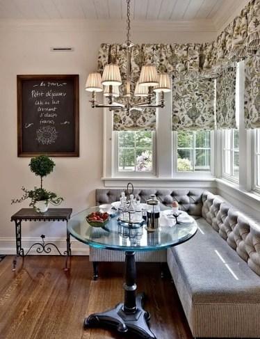 21-private-bistro-breakfast-nook-ideas-homebnc