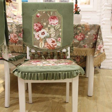 3 dining-chair-slipcovers-ideas