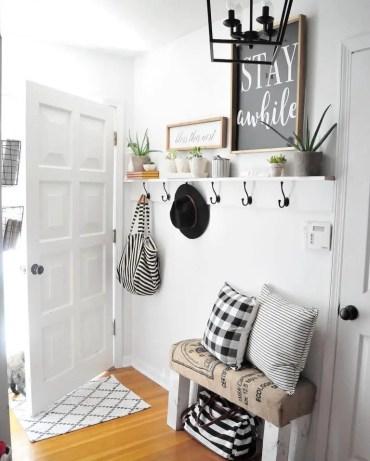 48-small-entry-decor-ideas