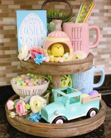 Easter-tiered-tray-decoration