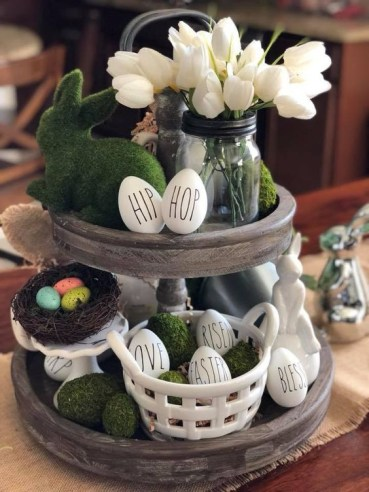 Easter-tiered-tray