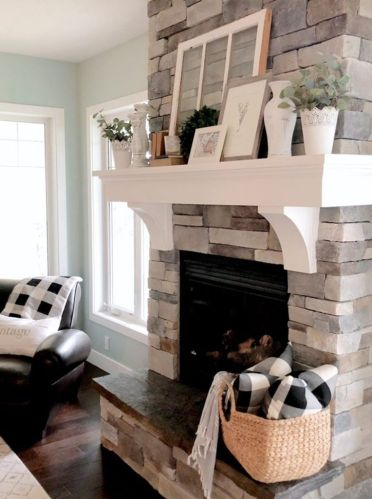 Farmhouse-fireplace-mantel-decor-ideas