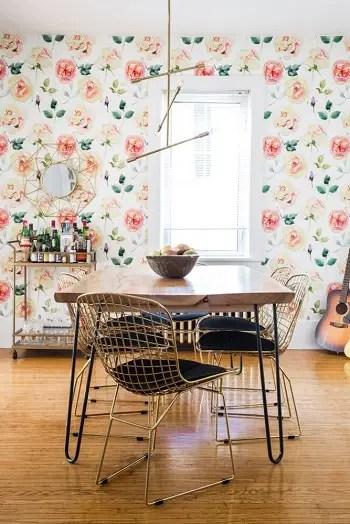 Flower power Wallpaper Ideas To Create Life In Spring Sensation House This Season