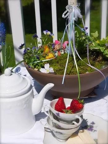 Simple mini fairy garden