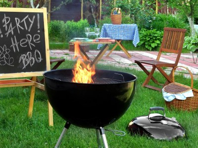 Summer-backyard-bbq-grill-party