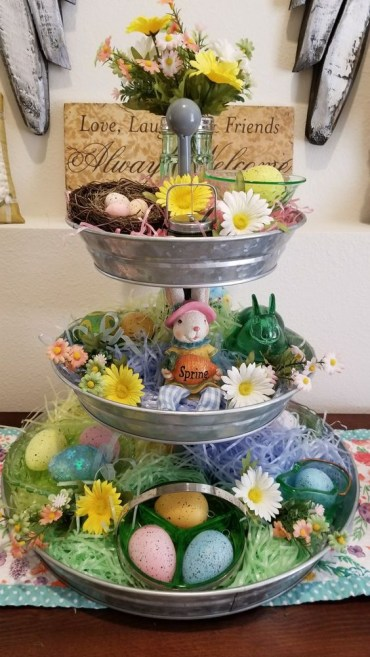 Tiered-tray-decor-for-spring