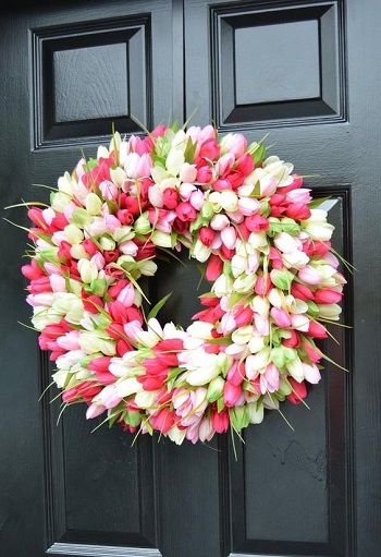 Tulips wreath Bring Your Spring Vibe More For Home Decoration With The Beauty Of Tulips