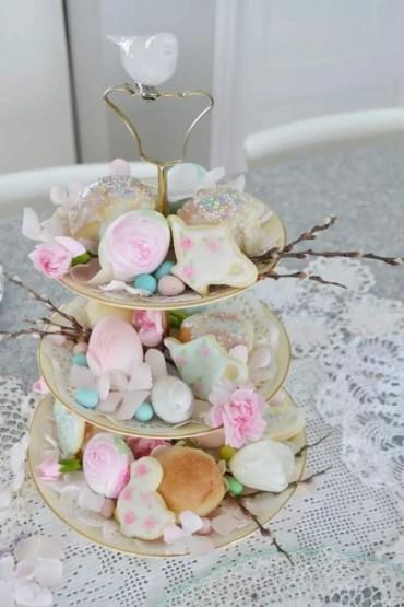 China-teired-platter-paper-rose