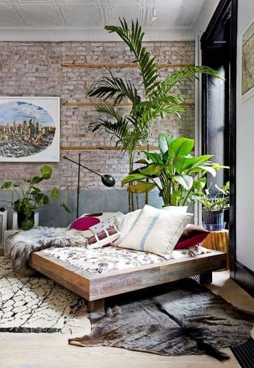 How-to-decorate-with-plants-living-room-ideas