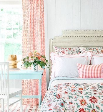 vintage spring bedroom look