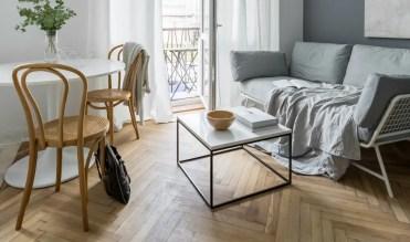 3-wohnzimmertisch-mit-couch