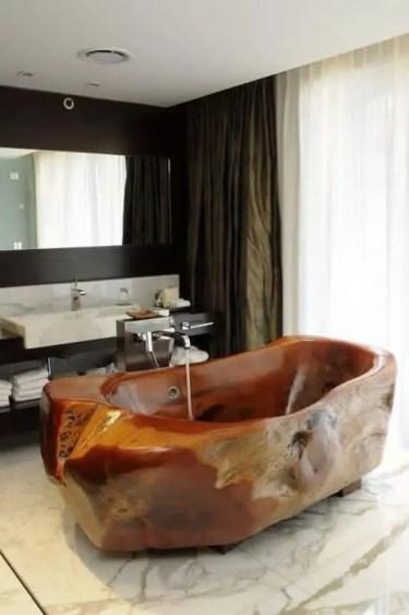 Beautiful-wooden-bathtub