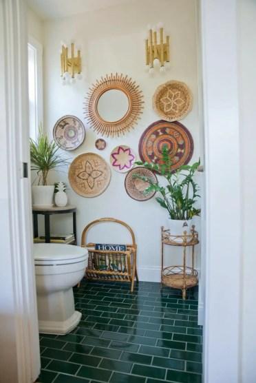 Charming-boho-bathroom