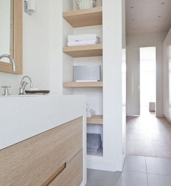 Choose a smart bathroom cabinet 5 Ultimate Essentials To Present Appropriate Minimalist Bathroom