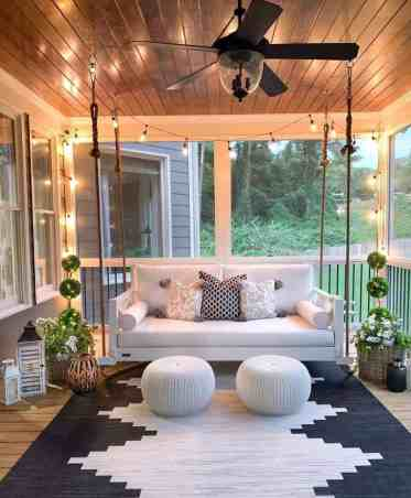 Farmhouse-style-porch-decorating-ideas-03-1-kindesign