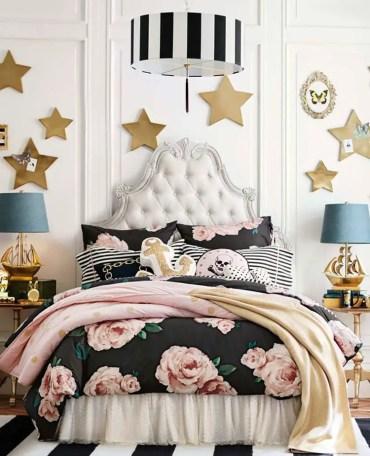 Lavish-teenage-bedroom-with-antique-bed