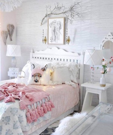 Picturesque-white-teen-girl-bedroom-with-rustic-elements