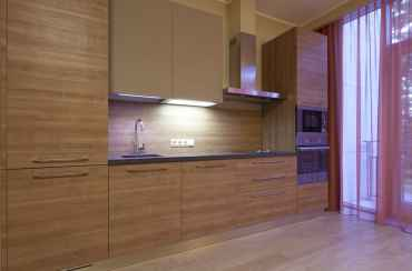 Veneer-cabinets-modern-kitchen-ideas