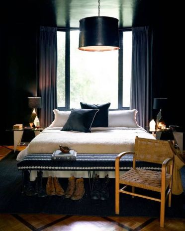 Chic-bedroom-with-an-art-deco-twist-and-geometric-and-gold-details