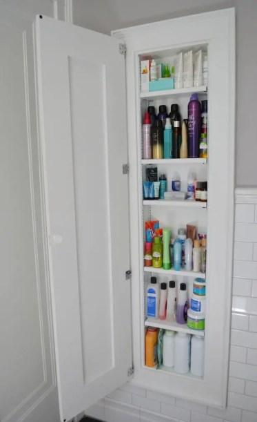 08-built-in-bathroom-shelf-storage-ideas-homebnc