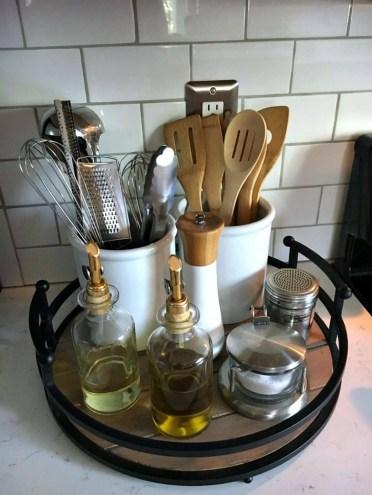 2-09-kitchen-counter-top-organizing-ideas-homebnc