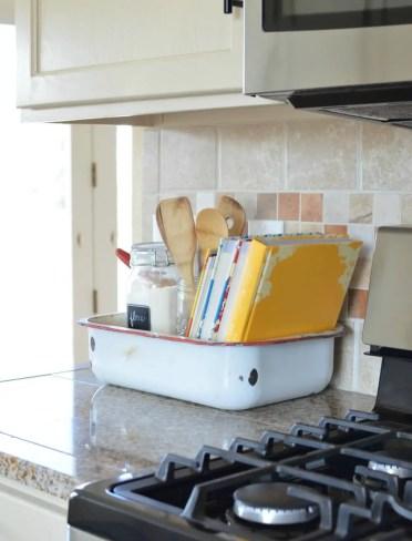 2-28-kitchen-counter-top-organizing-ideas-homebnc