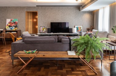 Apartment design with unusual colors and materials for a bold personality 1