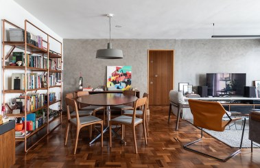 Apartment design with unusual colors and materials for a bold personality 3