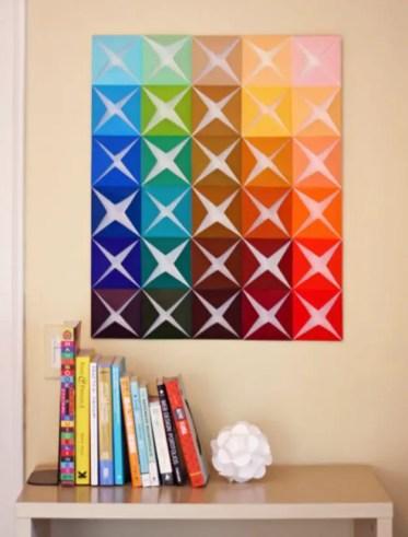 Arte della parete fai-da-te con carta piegata
