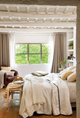 Earthy colors bedroom for spring