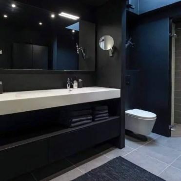 All-black-bathroom-with-modern-design