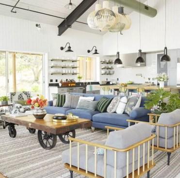 Cozy-living-room-modern-farmhouse-1555544800