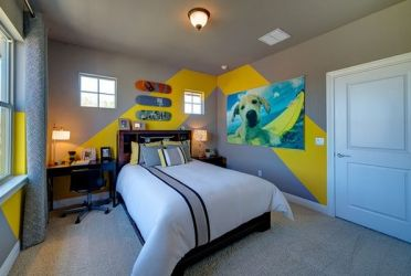 Teenage-room-with-yellow-chevron-striped-paint
