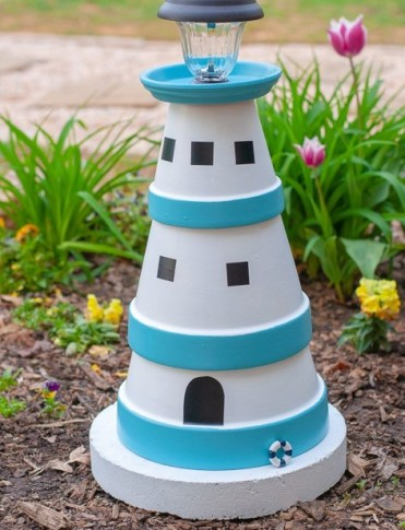 Diy-clay-pot-lighthouse-1
